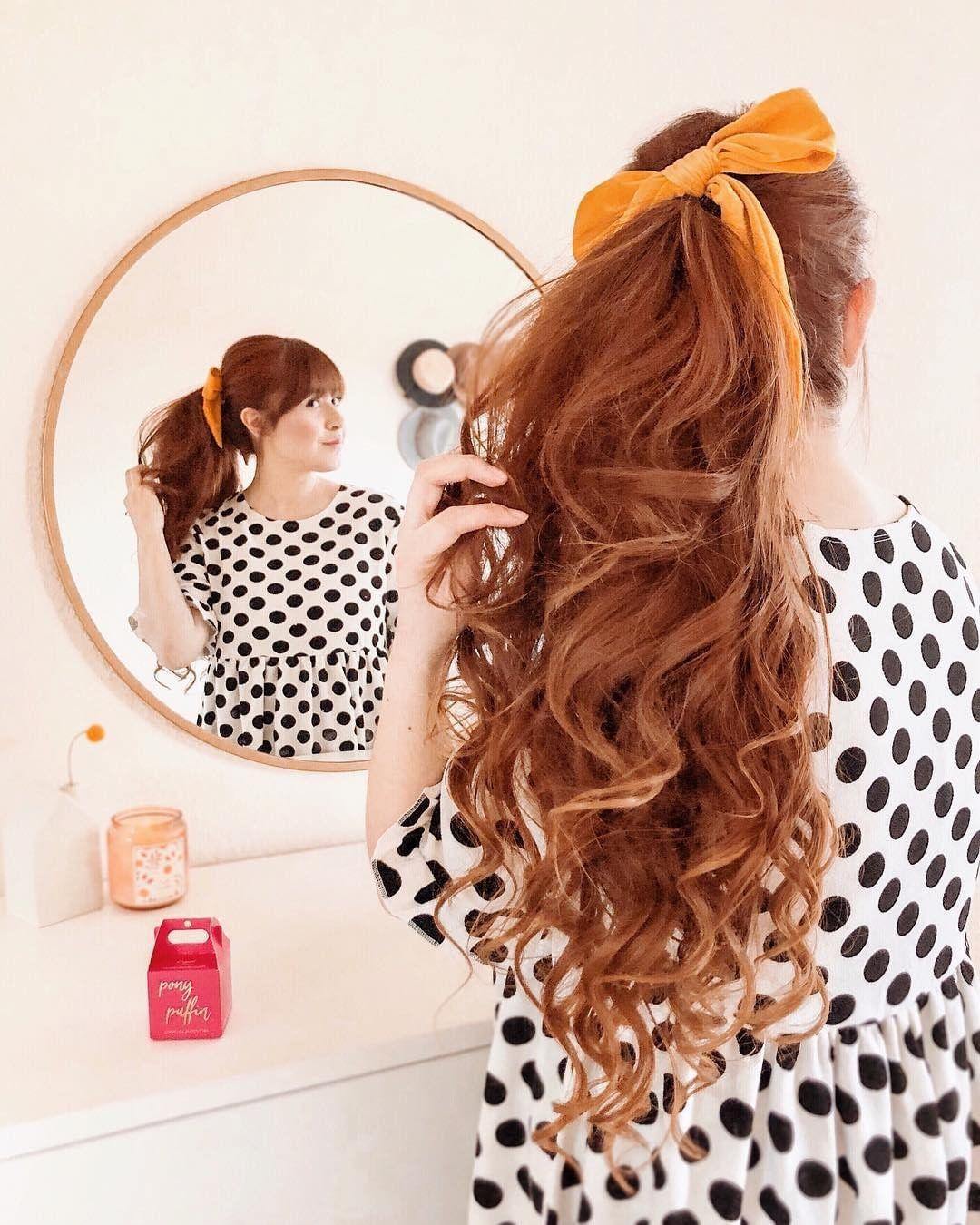 Fall In Love With Your Hair Unser Pony Puffin Wird Dich Dabei Unterstutzen Versprochen Von Littleredbowtique Puffinbeauty Ponypu Beauty Hair Puffin