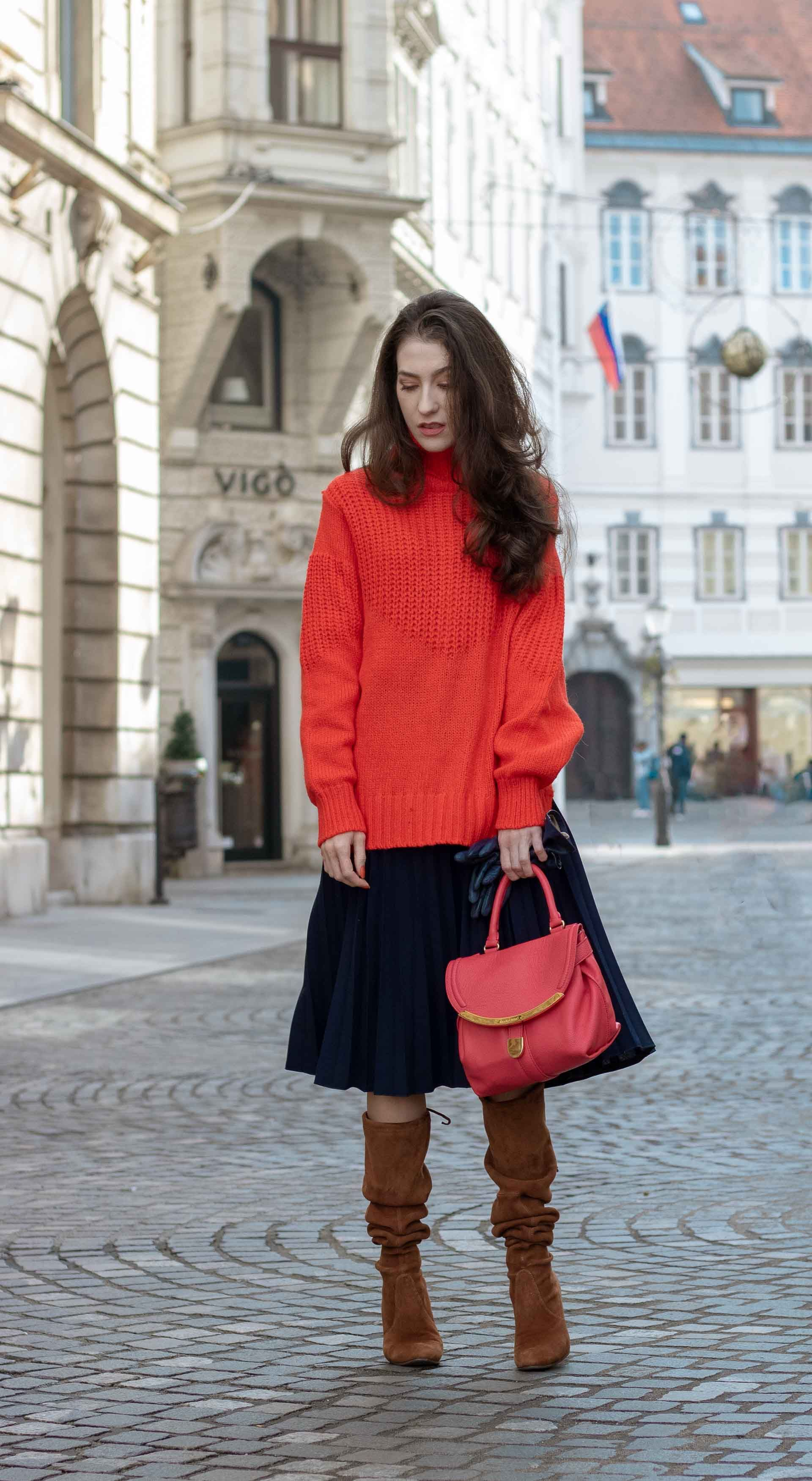 28f0d45da198 Fashion Blogger Veronika Lipar of Brunette from Wall Street sharing how to  style skirt in 2019