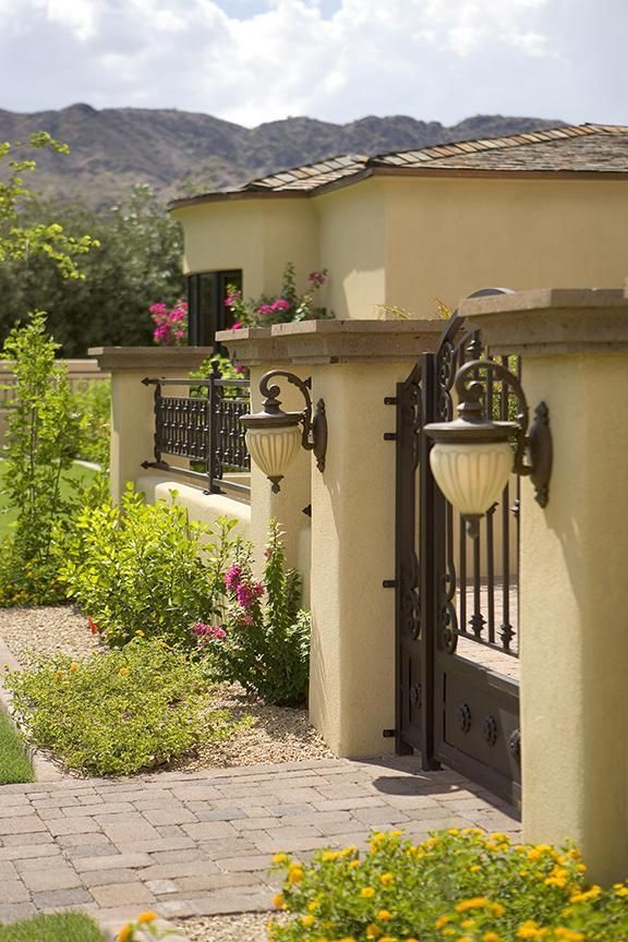 Fachadas de cas con techo de teja 17 gate ideas fences for Casas con techo de teja