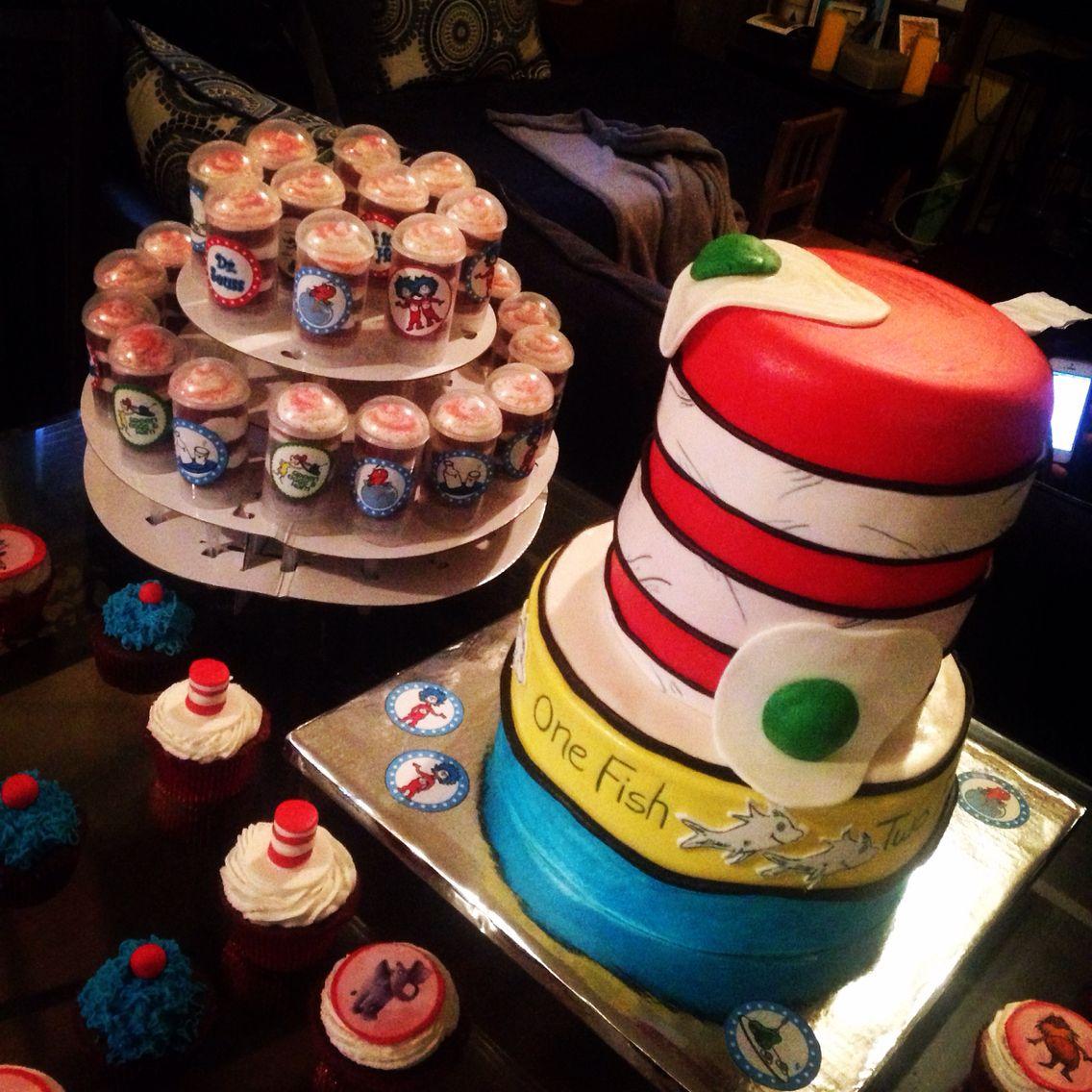 Dr seuss cat in the hat babyshower cake dr seuss cake