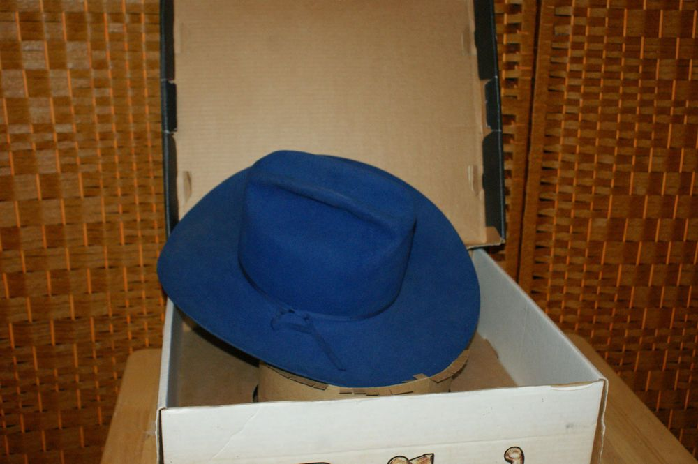 e0f0944b345 Resistol Self Conforming 5X Beaver USA Sergeants Western Blue Hat Sz 7 New  Box