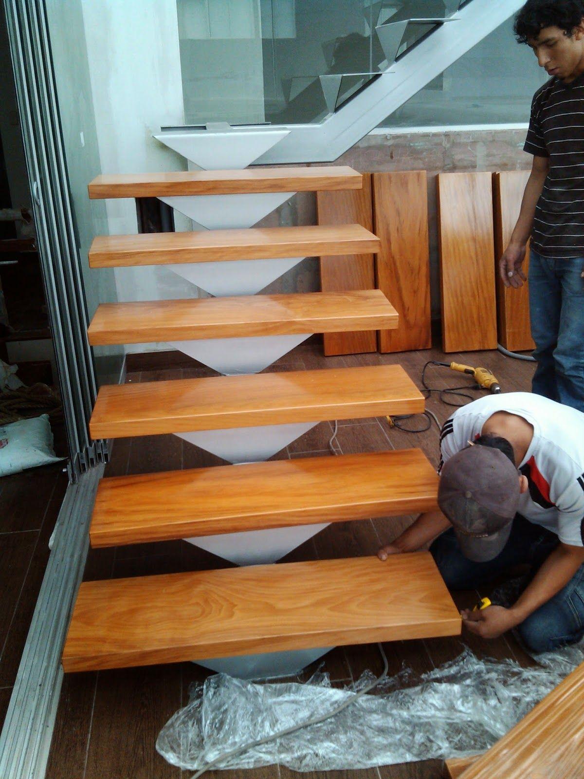 Pasos de escalera en madera carpinteria general for Escalera de madera 5 pasos