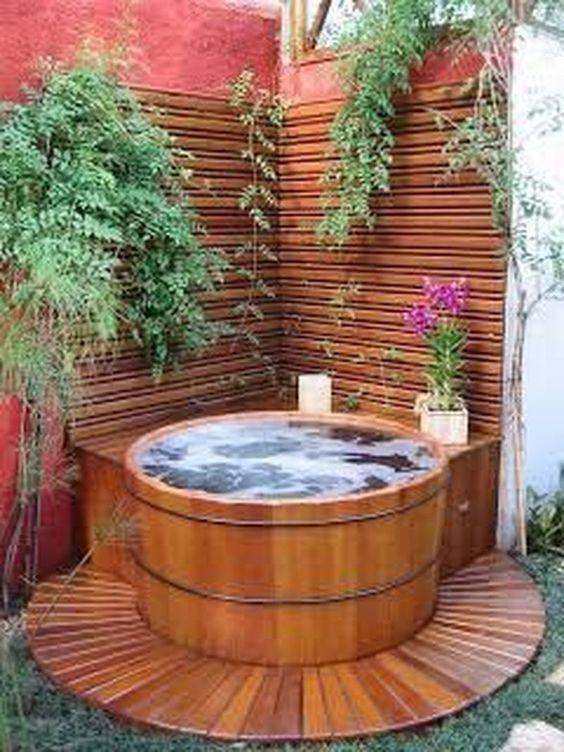 Smallgarden 27 Uberzeugende Spa Designs Fur Ihren Garten In 2020 Hot Tub Outdoor Hot Tub Backyard Hot Tub Garden