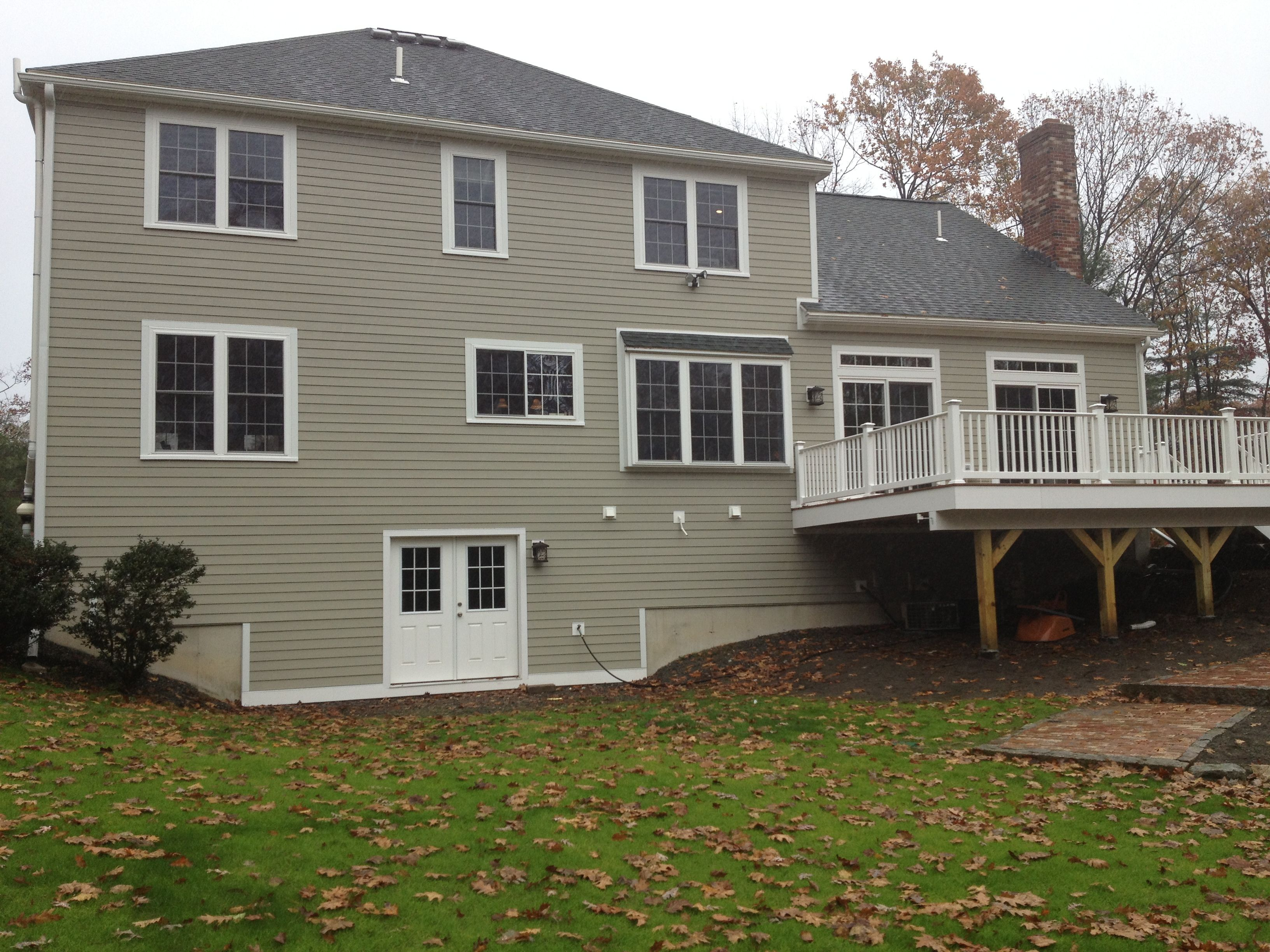 These Homeowners Had A Great Deal Of Rot And Water Damage Pbs Installed James Hardie Fiber Cement Siding Hardie Moldings And Trim Hardie Plank Hardie Siding