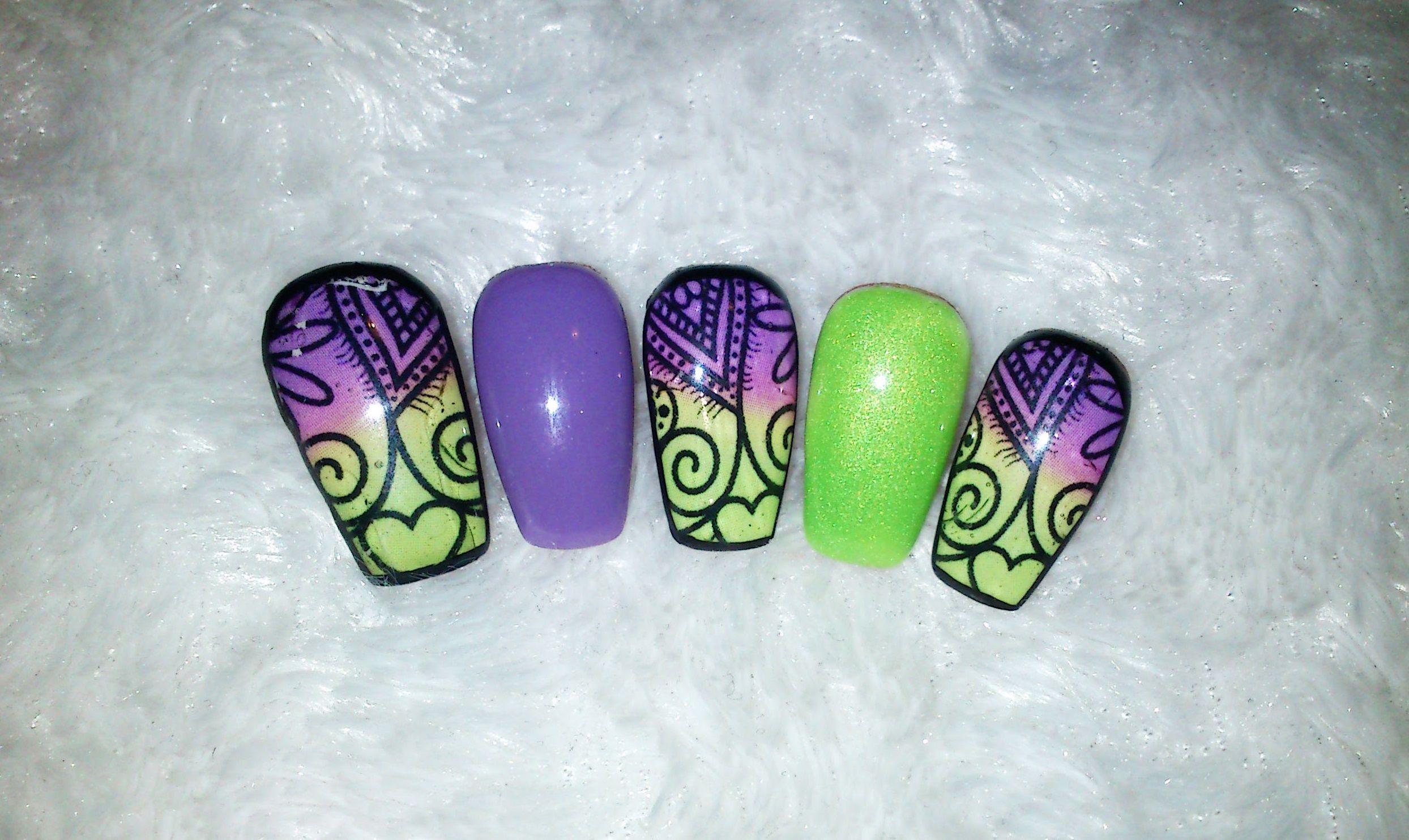 Uñas De Gel - Morado y Verde Con Pegatinas / Gel Nails - Purple and ...