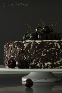 Gustostückerl - Schwarzwälder-Kirschtorte // Black Forrest Cake - an Austrian/German speciality with cherries