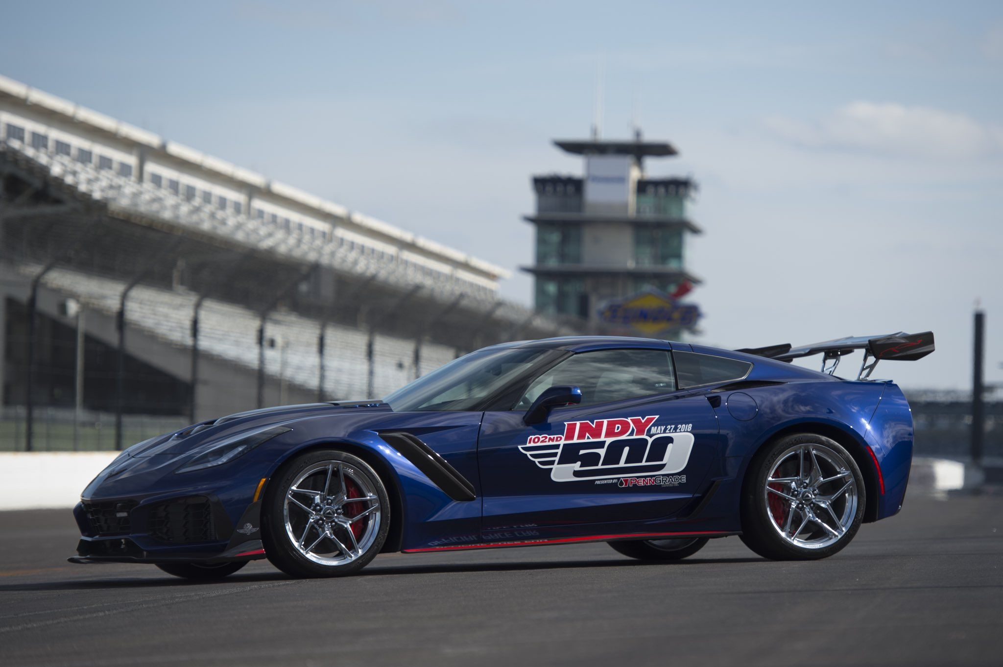 RT TeamChevy What goes 0 60 in 2 85 seconds The 2019 Corvette