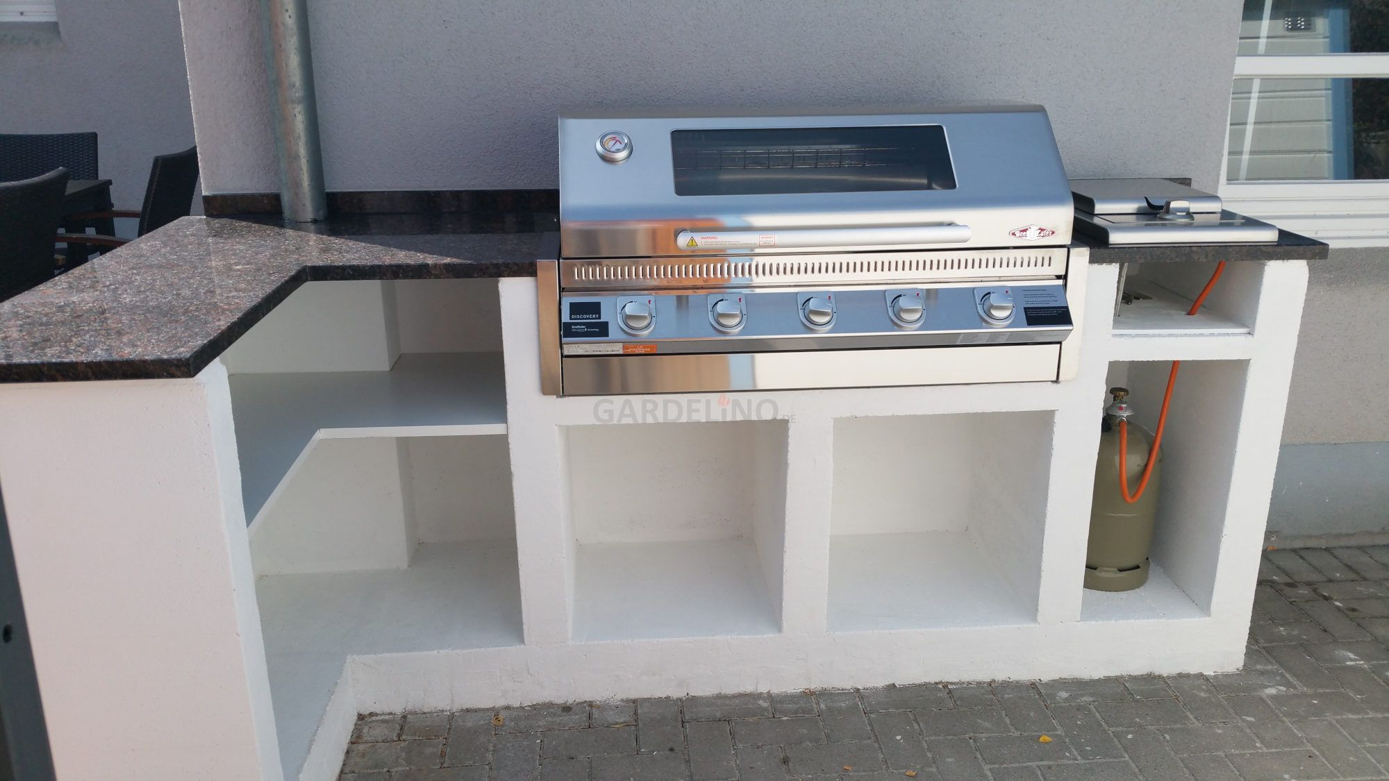 Inspiration: Selbstgebaute Outdoor Küche mit BeefEater Grill ...