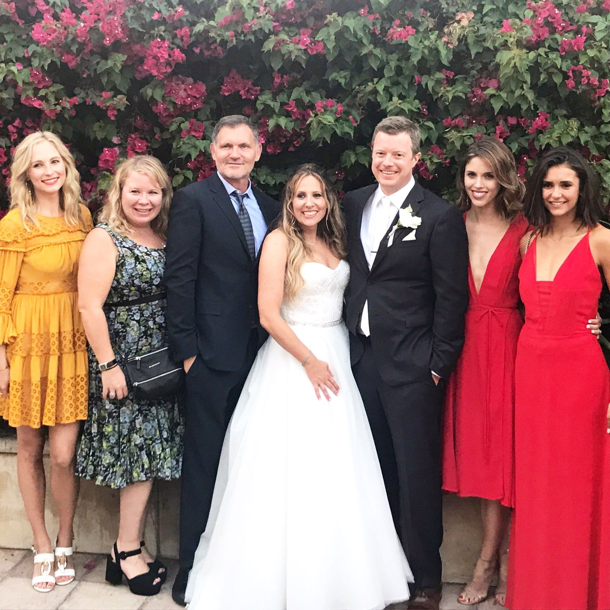 Candice Accola Nina Dobrev Vampire Diaries Cast Candice King Celebs