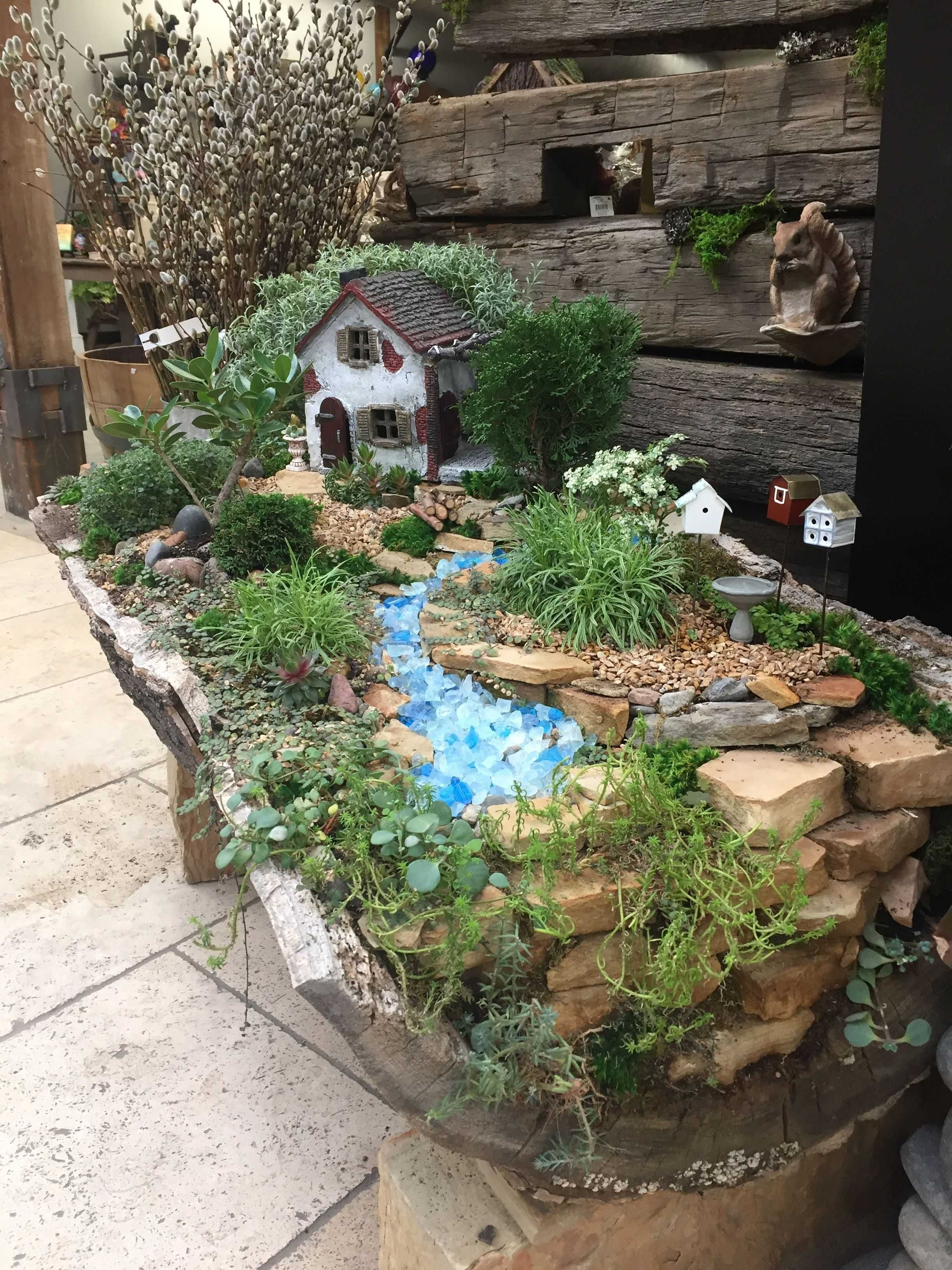 49 Lovely And Magical Miniature Fairy Garden Ideas In 2020 Indoor Fairy Gardens Fairy Garden Houses Miniature Garden