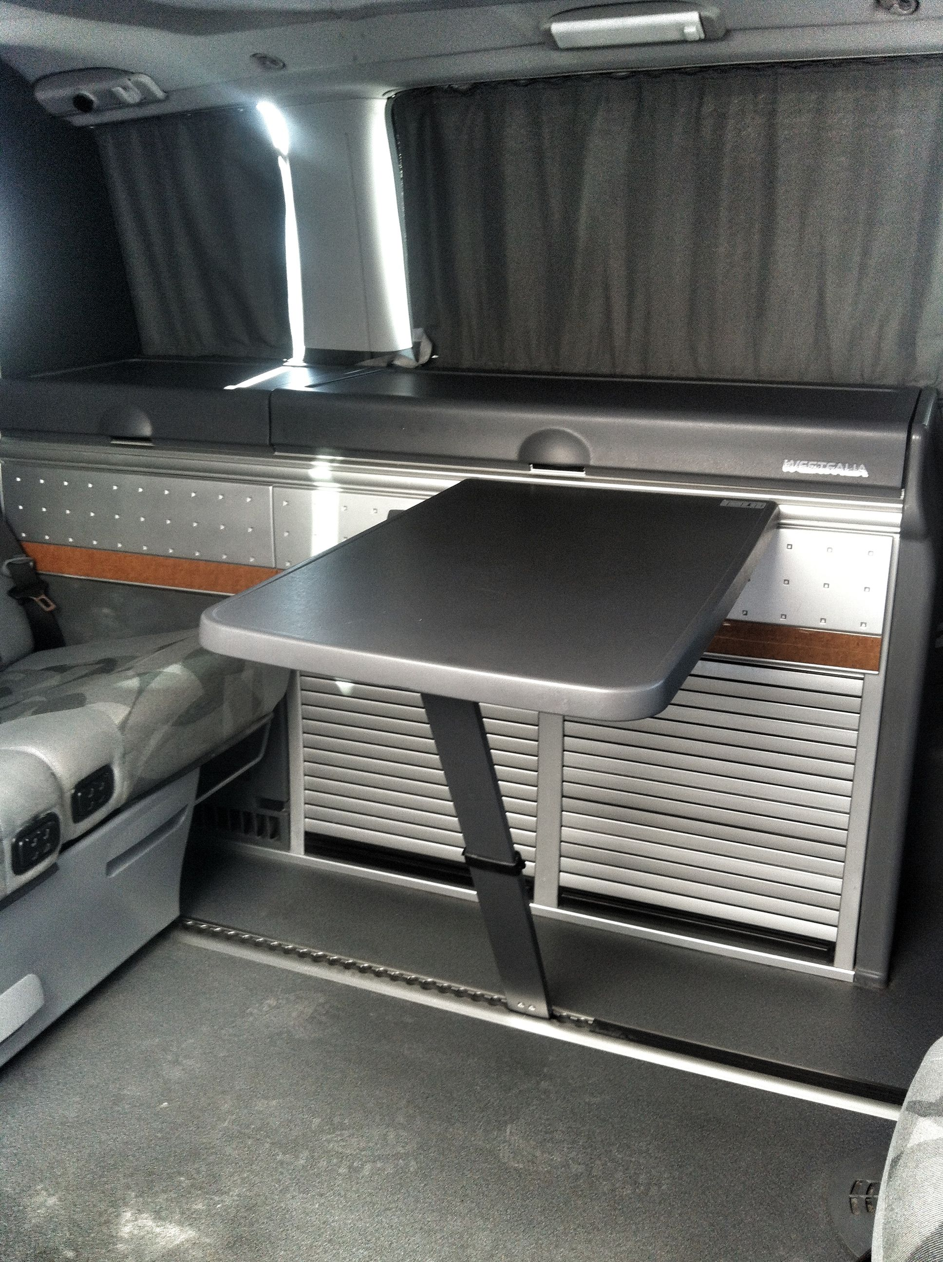 interior mercedes viano marco polo alquiler furgonetas. Black Bedroom Furniture Sets. Home Design Ideas