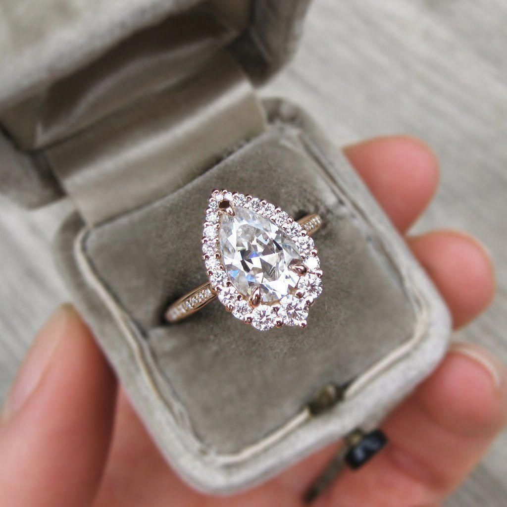 55b02c48360281 ・CELESTE・Pear Moissanite, Diamond Halo #Weddingrings #diamondringsbandshalo