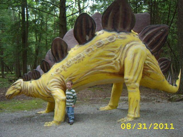 Dinosaur Gardens Ossineke MI Michigan business and people