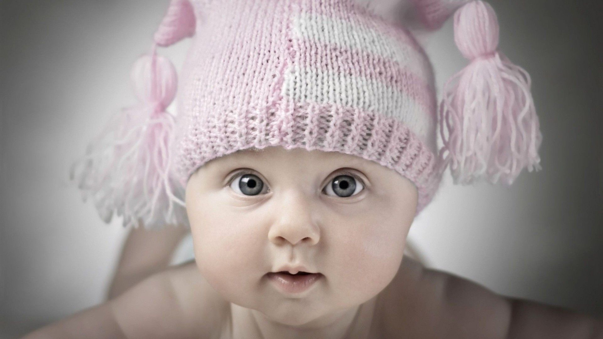 Pin By Renchumi On New Born Baby Cute Baby Wallpaper Baby Boy Pictures Baby Images