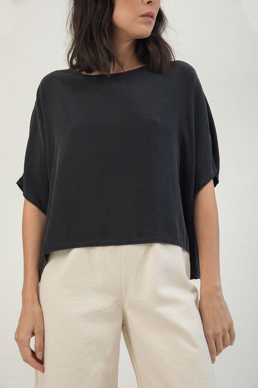 c87a35a5 Linn Tee in Silk Crepe   style   Silk crepe, How to wear, Handmade ...