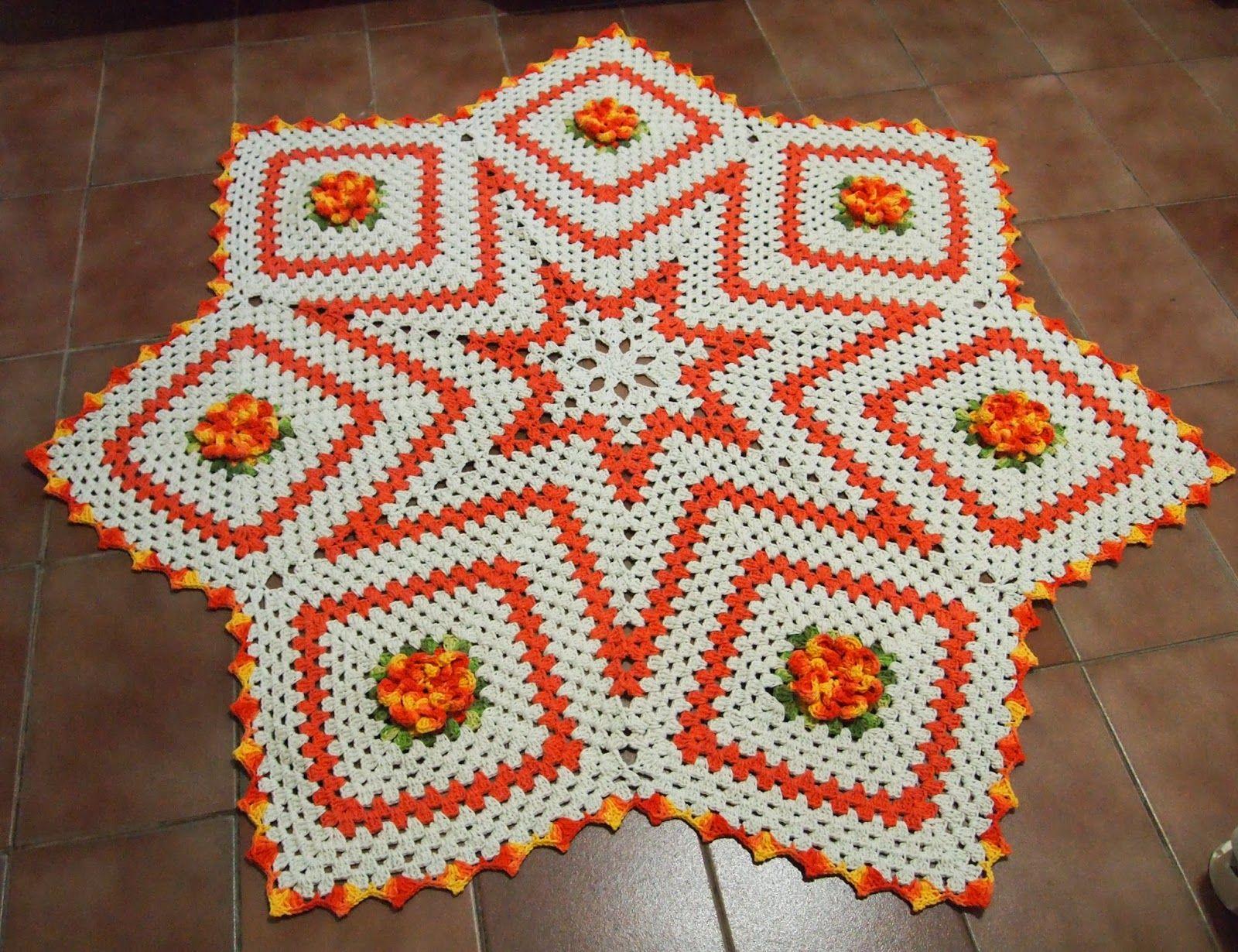 75 modelos de tapetes de barbante para inspirar for Tapetes de crochet