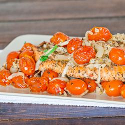 This Salmon with Roasted Tomatoes and Onions weighs in at a mere 304 calories per serving with 10 min of prep time and 30 min of cooking time. Dinner my friends.