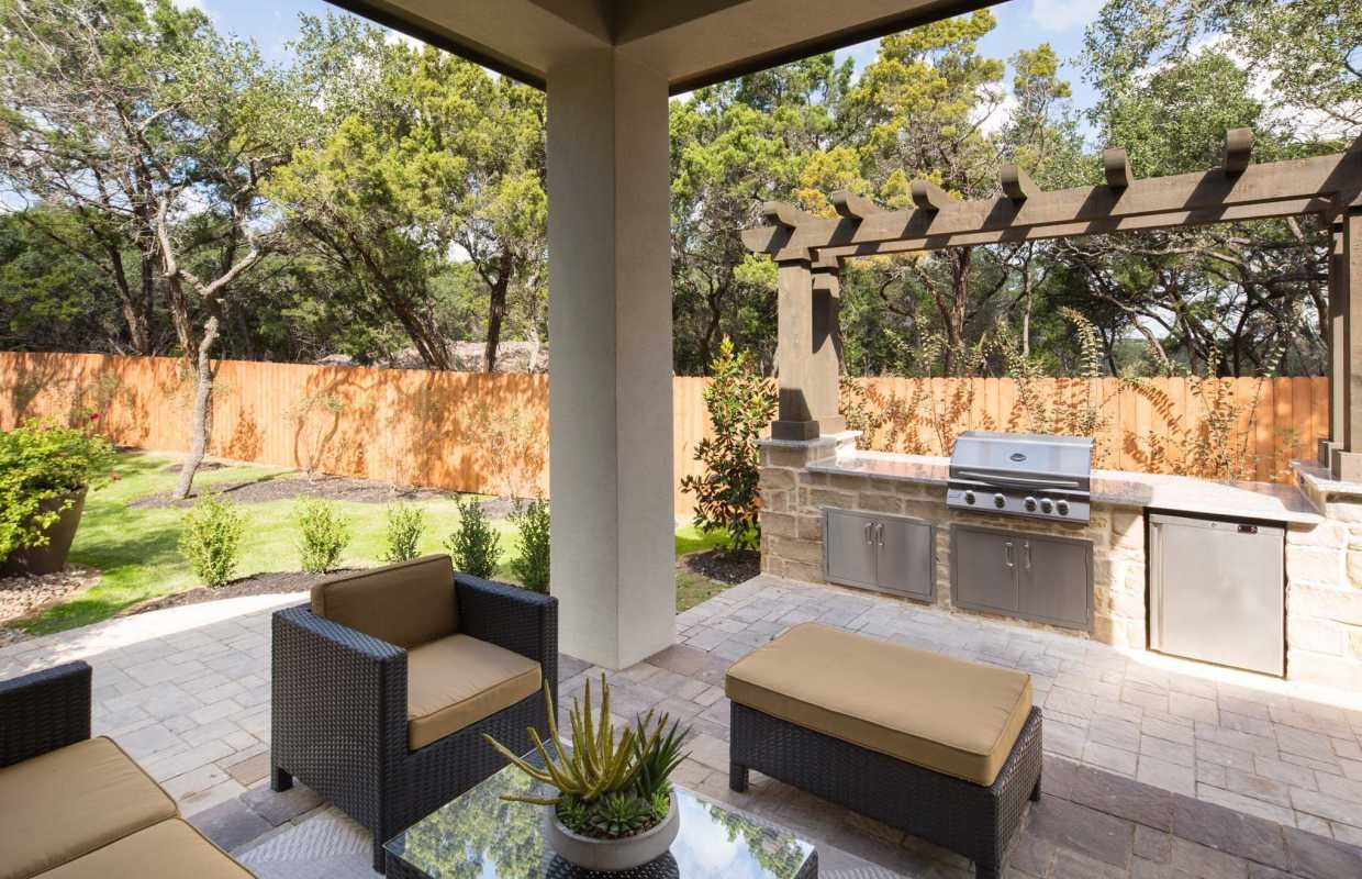 No Outdoor Living Area Would Be Complete Without Its Own Built In Grill Station Cibolo Canyons Monteverde San Built In Grill Outdoor Kitchen Design Patio