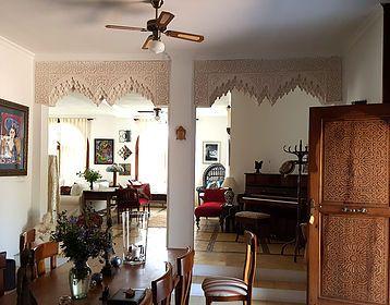 Realizamos todos los trabajos de decoracion andalous, diseños interiores y exteriores, pintura decorativa sobre pared y techo, suelos de azulejos y mosaico..