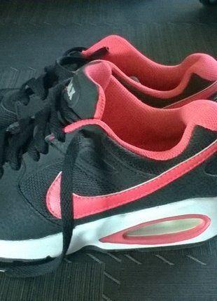 43316f679c9 À vendre sur  vintedfrance ! http   www.vinted.fr chaussures-femmes ...
