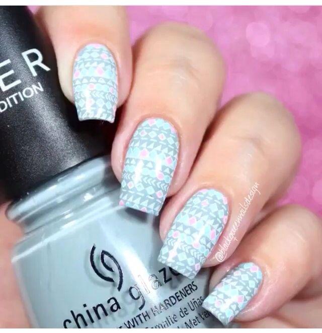 Nails stamping