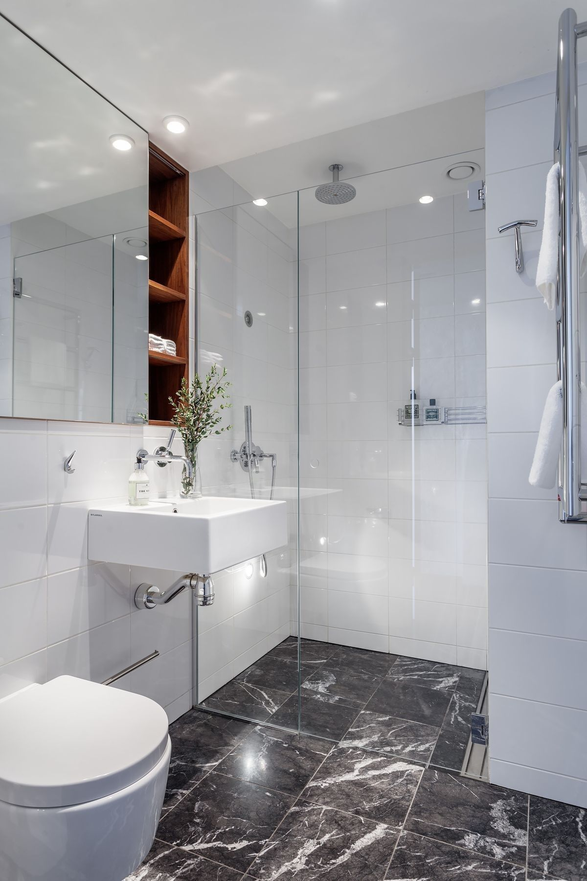 Pingl Par Emilia Sur Bathroom Pinterest Salle De Bains Et Salle