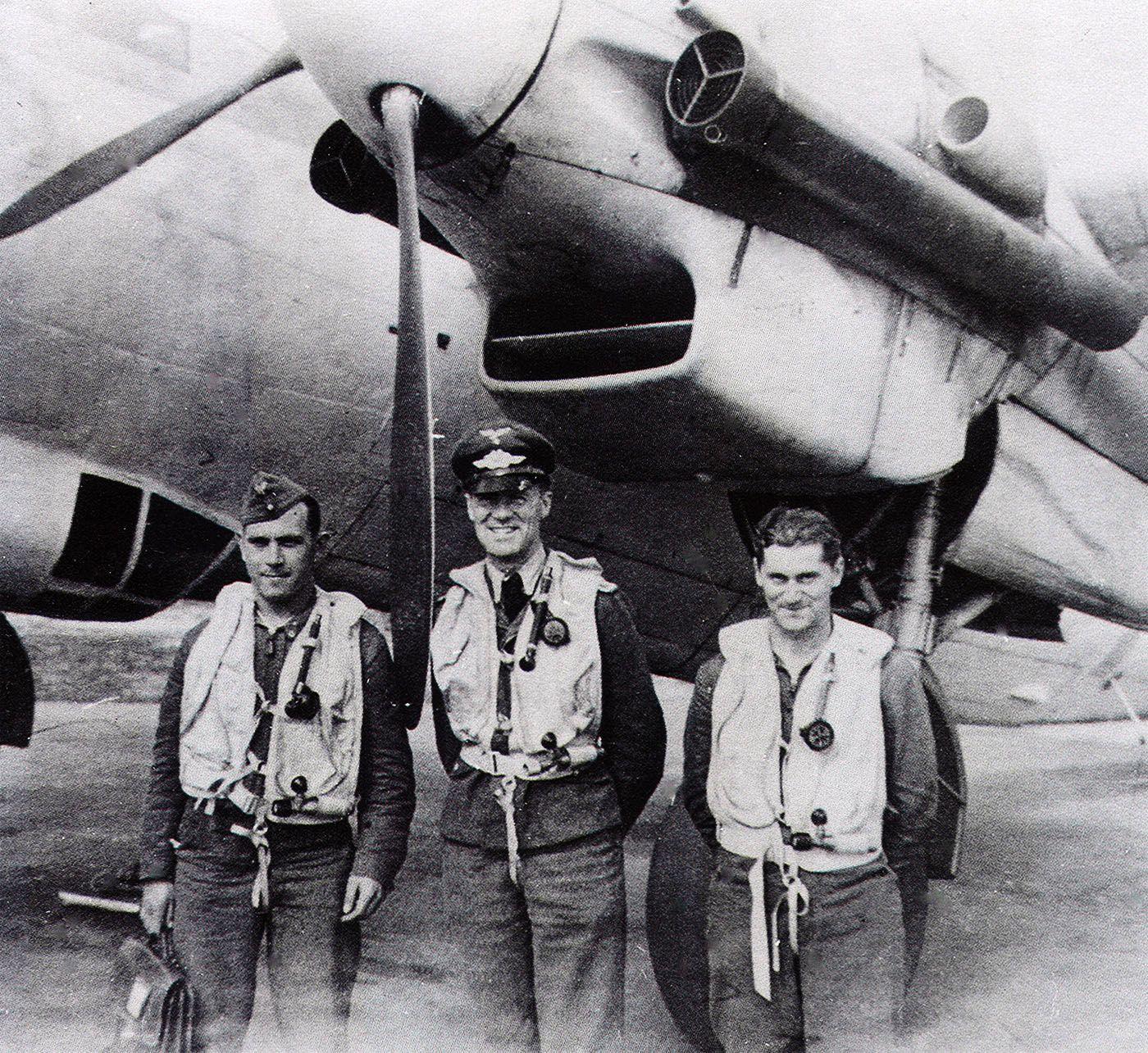 Dornier Do 217 NJG4 & crew