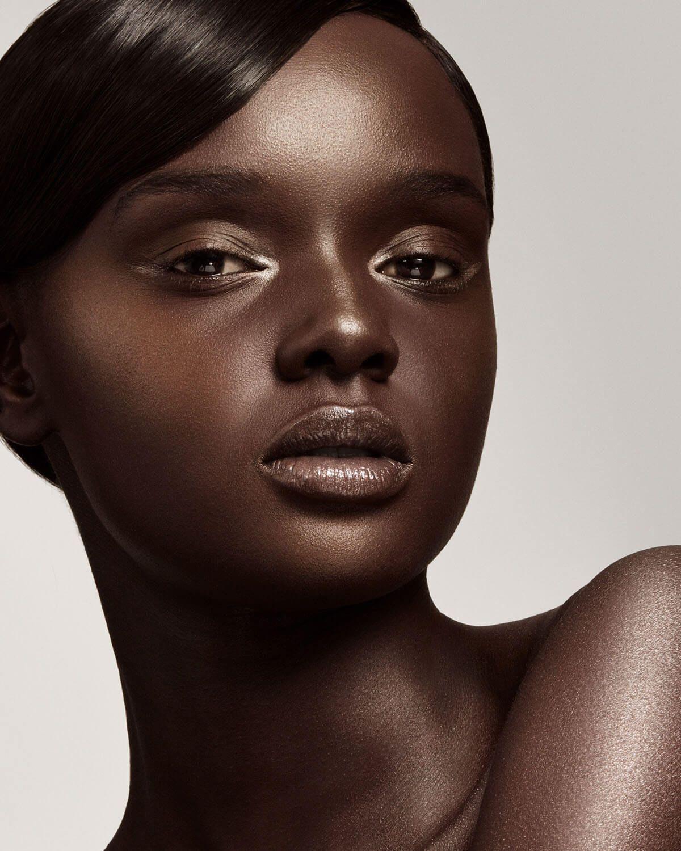 Rihanna Rihanna fenty beauty, Fenty beauty, Dark skin beauty