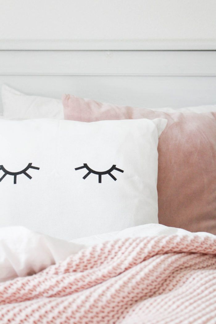 Süßes Klimperwimper Kissen Selbst Gestalten | Schlafzimmer | Pinterest |  Product Ideas