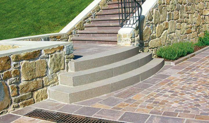Pin de tyvekgirl en escaleras exterior stairs home for Escalera exterior de piedra