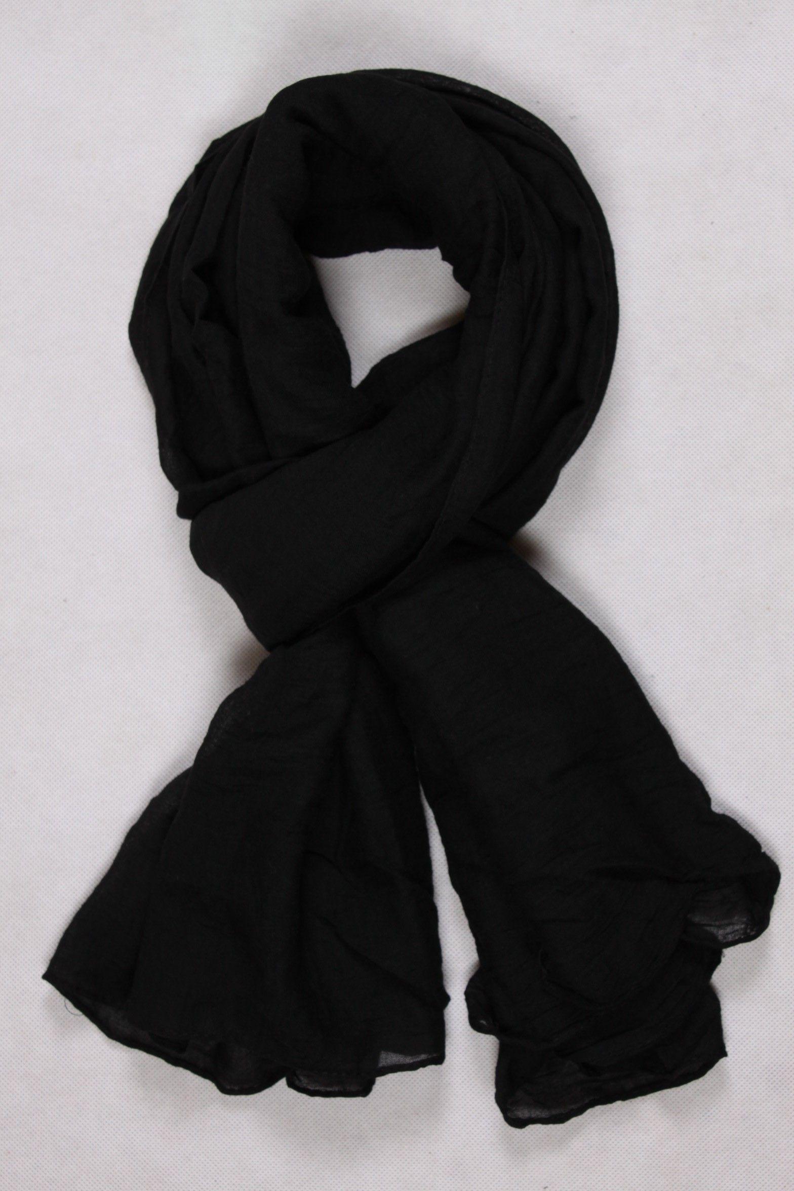 Chèche uni noir   Chèche Femme   Pinterest   Noir, Femme et Cheche femme cdd690d2353