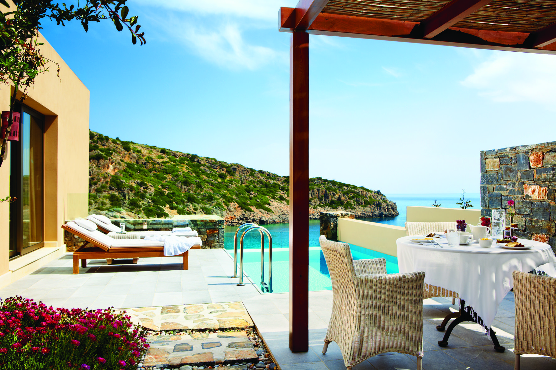 Daios Cove Resort In Agios Nikolaos Is A New Luxury 5 Star Beach Hotel Crete That Offers More Than Lavish Surroundings And Holiday Experience