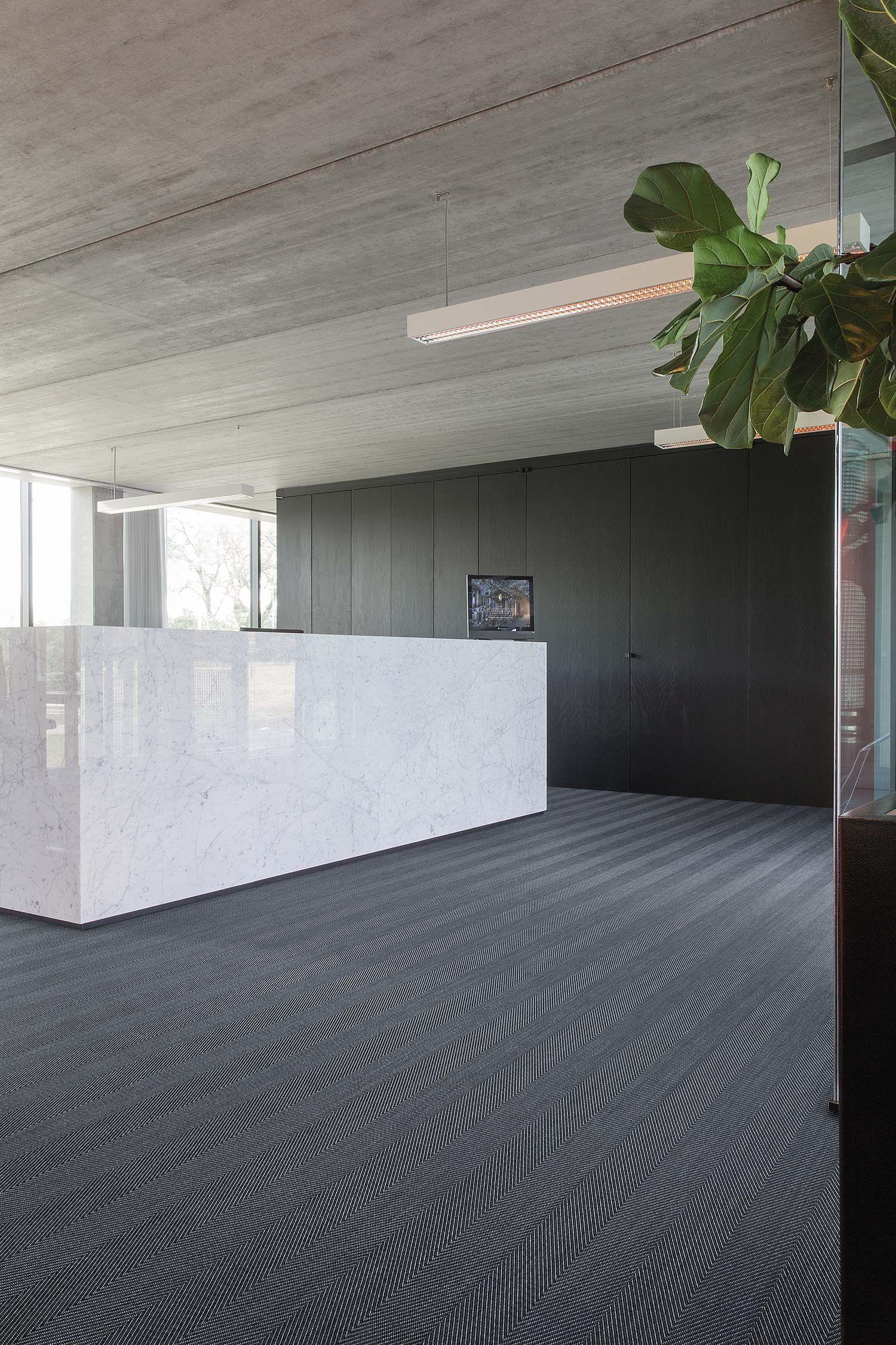 2tec2 woven vinyl flooring Collection Herringbone Steel Fitting
