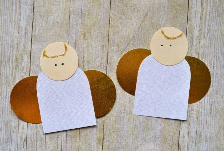 Weihnachtsbasteln Für Kleinkinder.Kindern Weihnachtsengel Basteln Goldenes Papier Flügel Anfänger