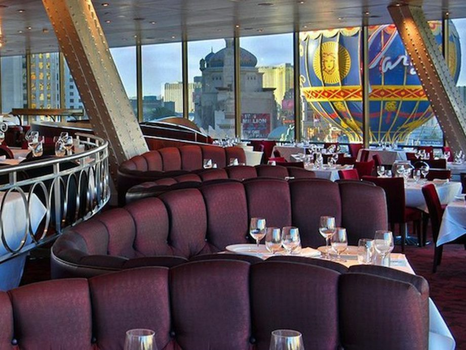 The restaurants with the best views in Las Vegas.   Best views in la. Las vegas restaurants. Las vegas
