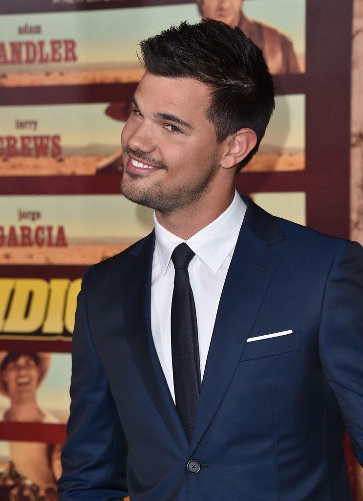 Taylor Lautner Photos Photos Premiere Of Netflix S The Ridiculous 6 Arrivals Taylor Lautner Taylor Rob Schneider