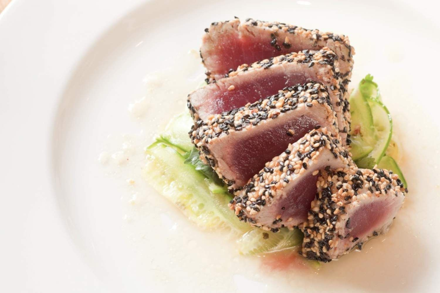 Sesame Crusted Tuna #healthyrecipes #slenderkitchen #dinner #quickandeasy