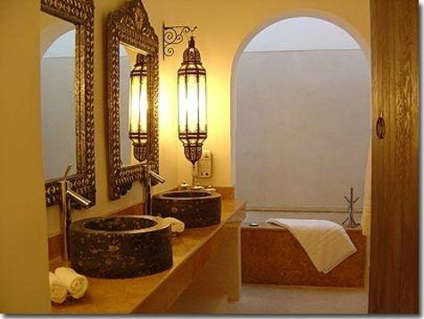 Beautiful Moroccan bathroom. | AMBIANCE \