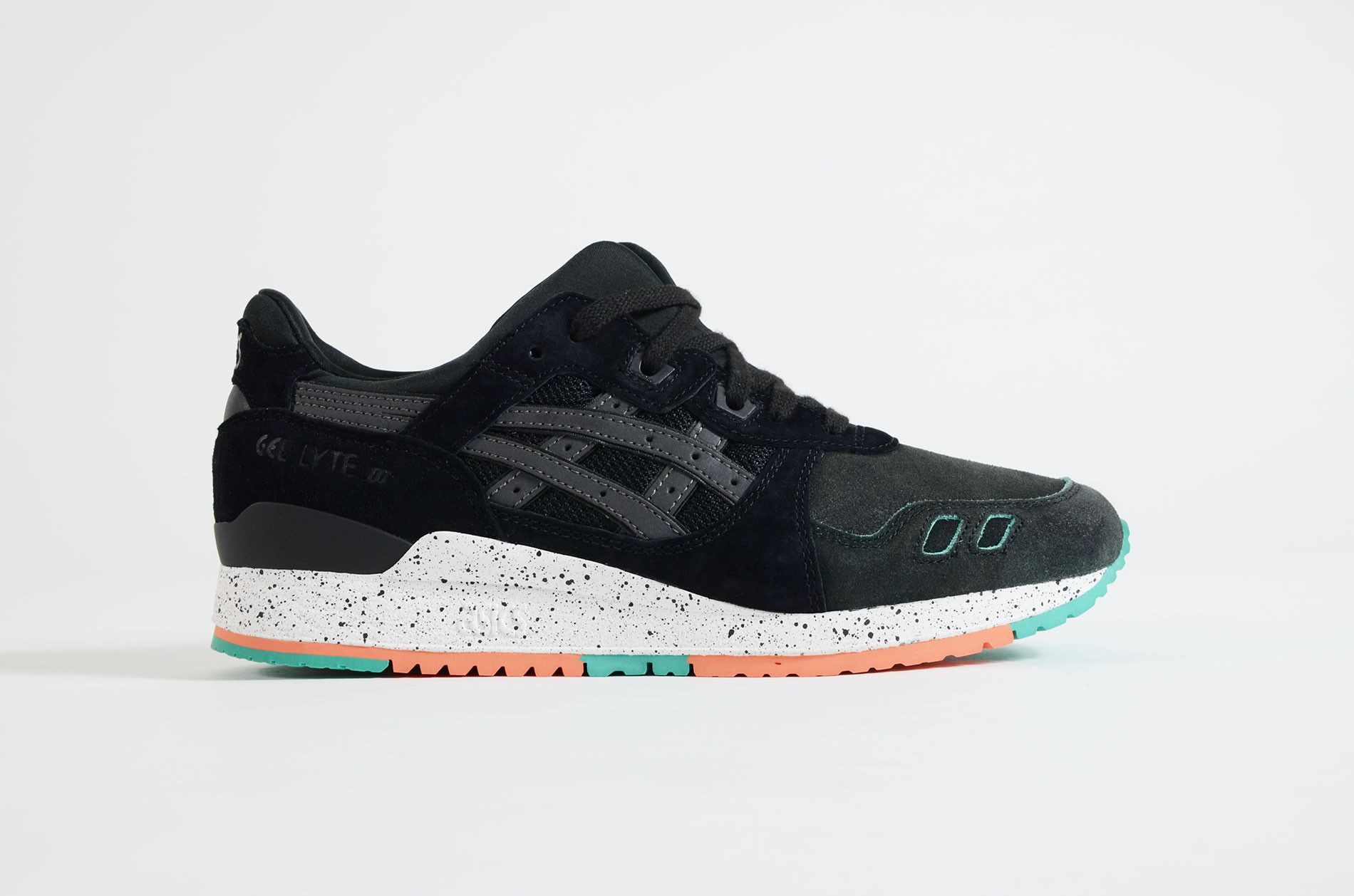 Shop a big selection of ASICS sneaker like Gel Kayano, Gel - lyte V, Gel - lyte  III. Extra to standard models, we offer Limited Editions and special ...