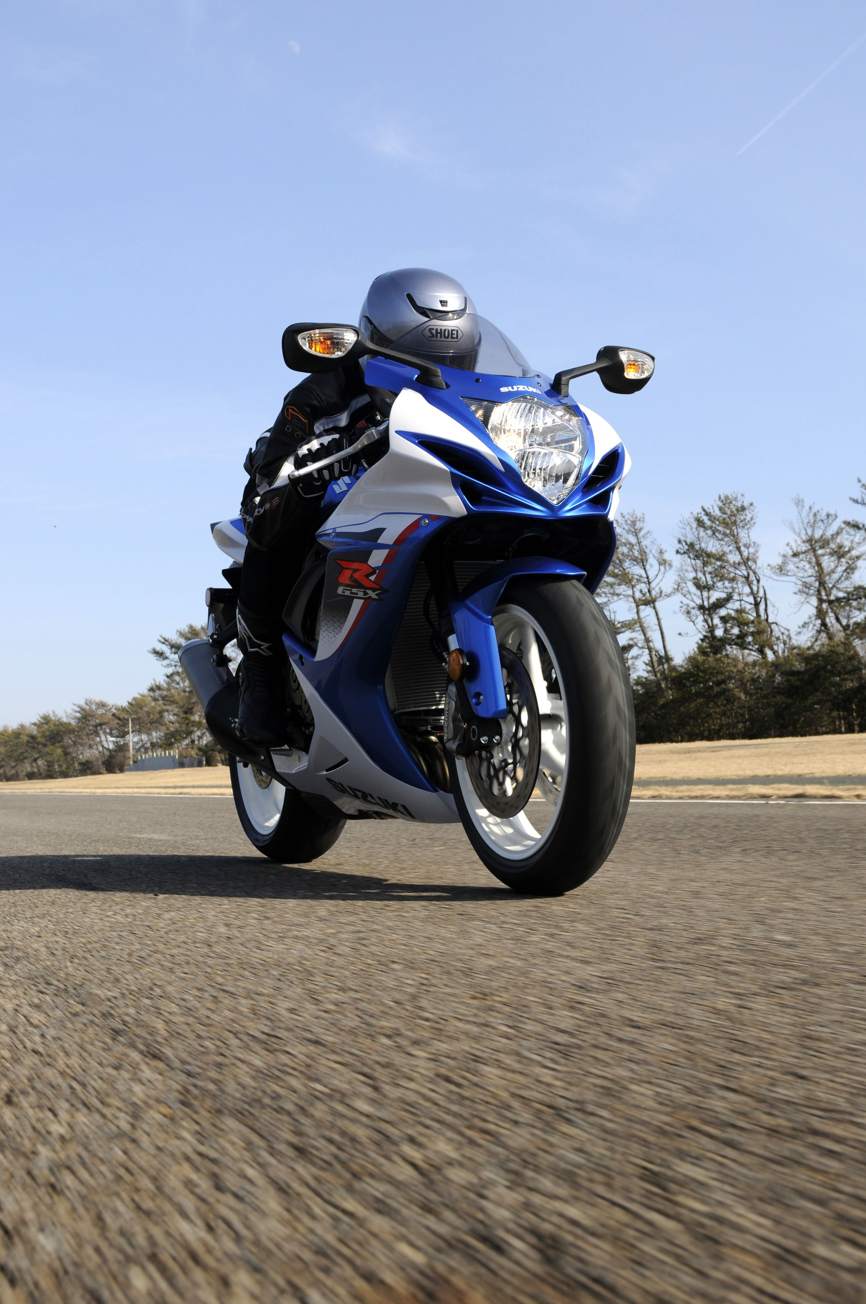 Make This A Summer To Remember With A New Suzuki Models Like The Gsx R600 Are Now More Affordable Than Ever With The Star Spangled Suzuki Motorcycle Model Gsx