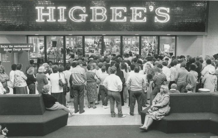 Higbees opening rolling acres mall akron ohio 1986