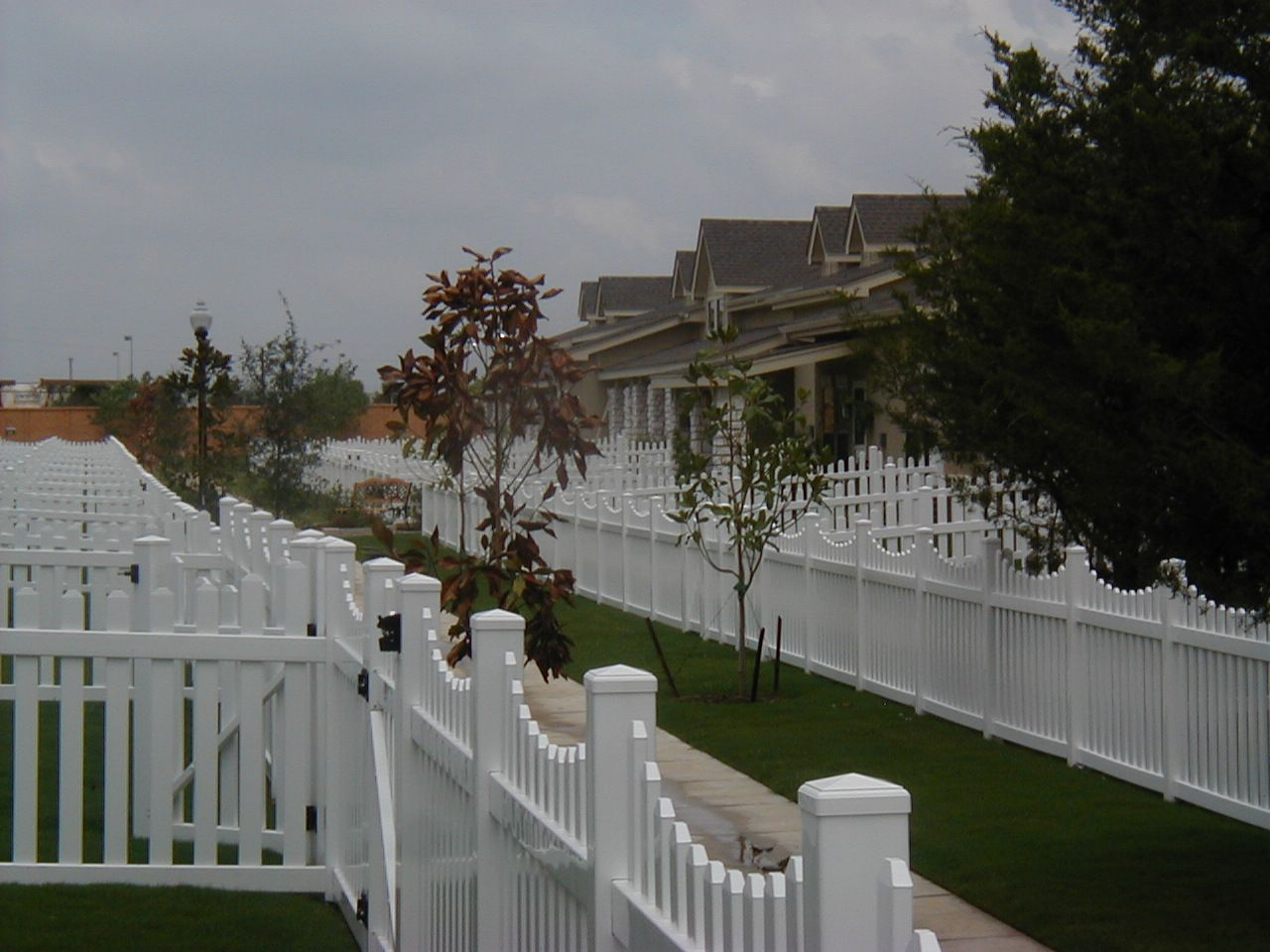 For Your Hoa Community Or Pid Community It S A Maintenance Free Vinyl Picket Fence Call Future Outdoors 972 Vinyl Fence Shade Structure Vinyl Picket Fence