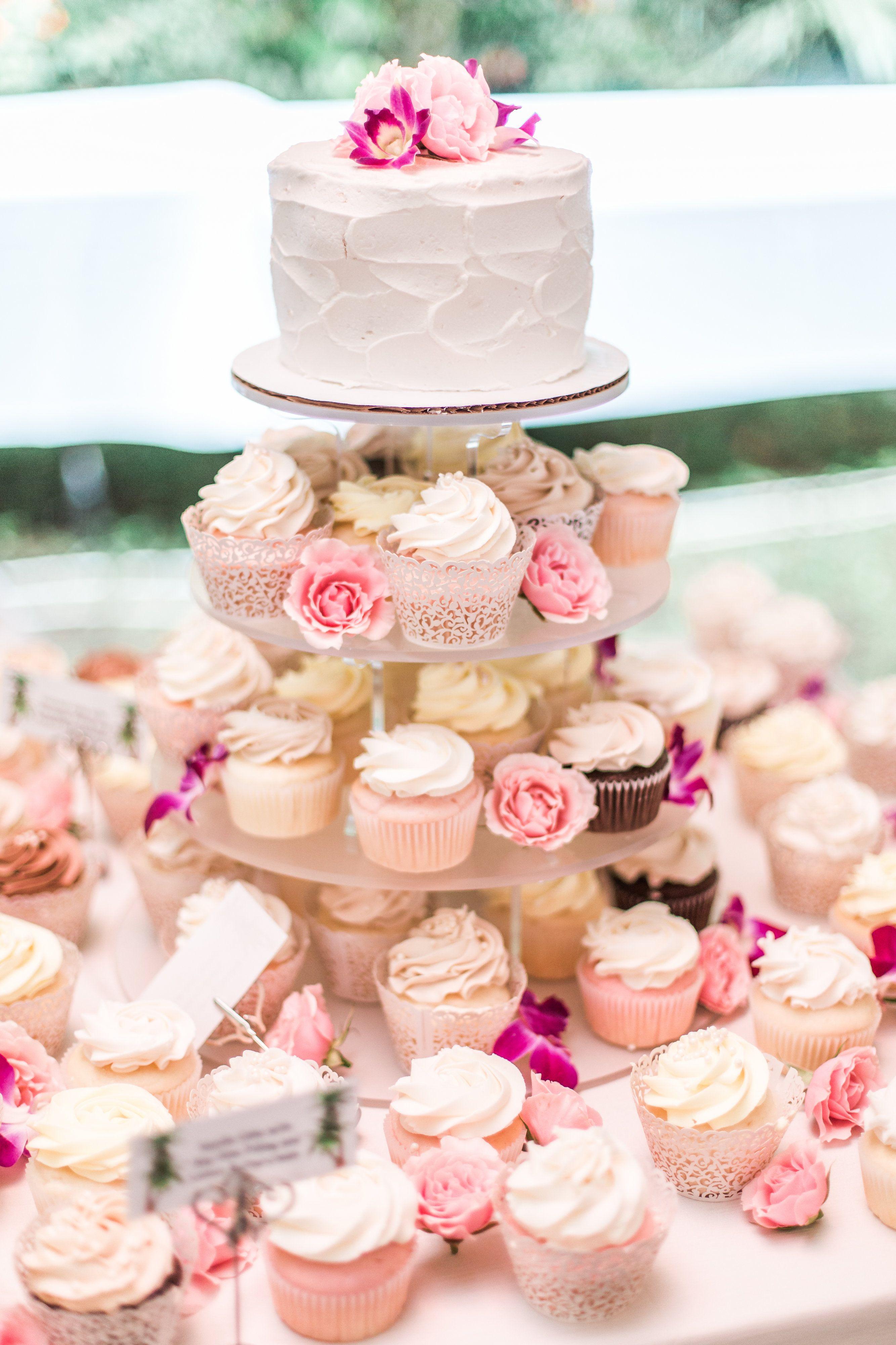 Wedding Cupcakes, wedding cupcake displays Wedding cake
