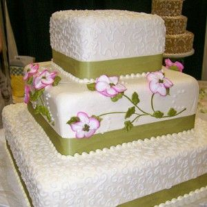 Wedding cake. But with dark oraange and no flowers.