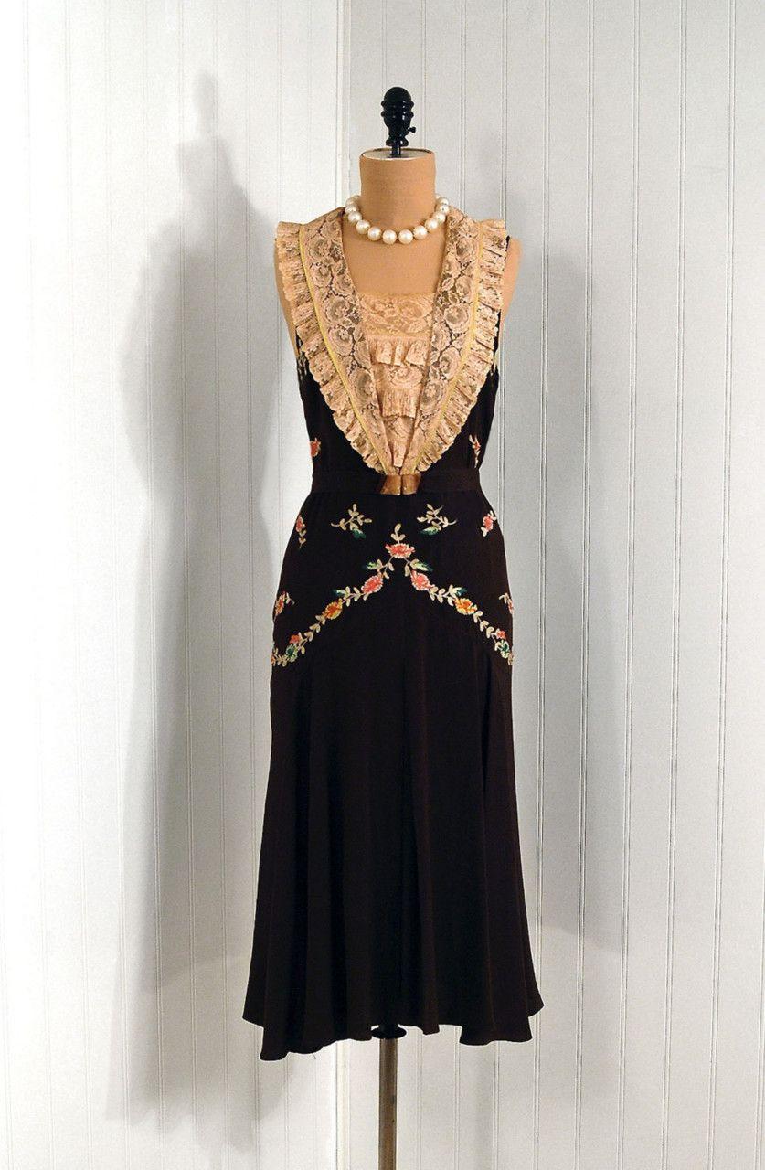 ~Dress, 1920s~ via Timeless Vixen Vintage.