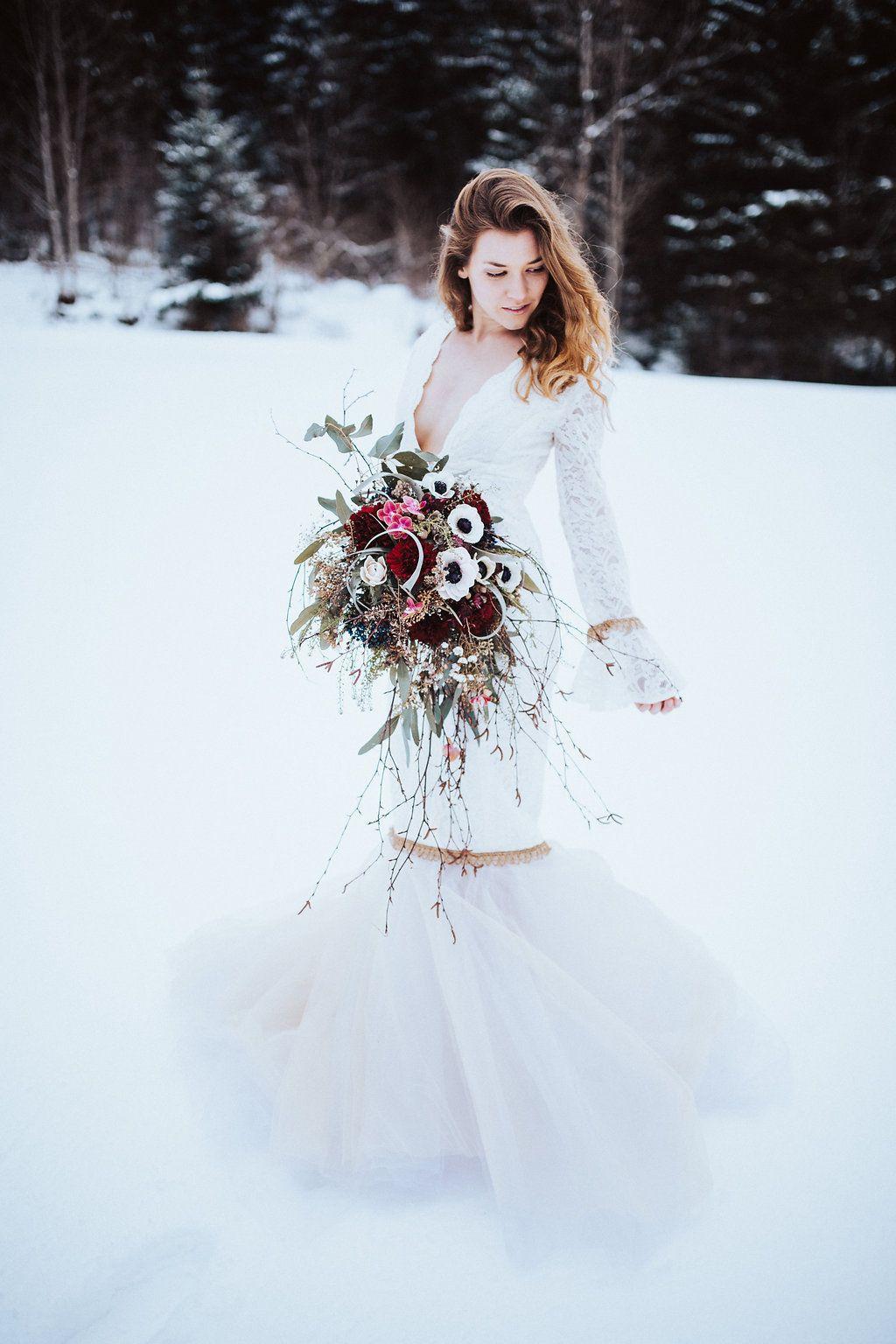 Winterhochzeit brautkleid  Bohemian Marokko – Heiraten in kupfer und rot   Winterhochzeit ...
