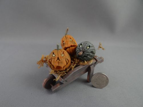 Monster JOL Pumpkins Wheelbarrow Haunted Dollhouse Miniature OOAK Pat Benedict | eBay #haunteddollhouse