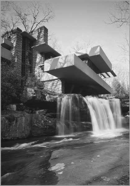 Frank Lloyd Wright - Falling Water