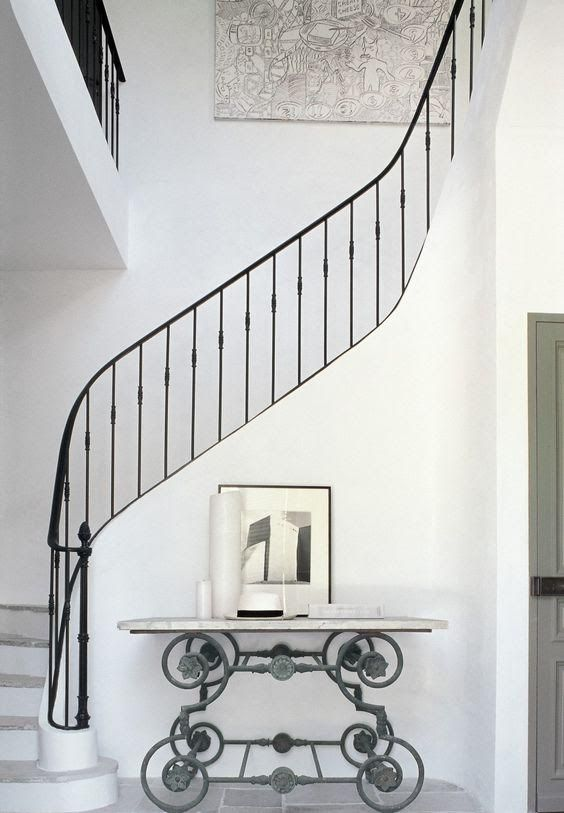 Best Replacing Tired Banisters Is A Cost Effective Way To 400 x 300