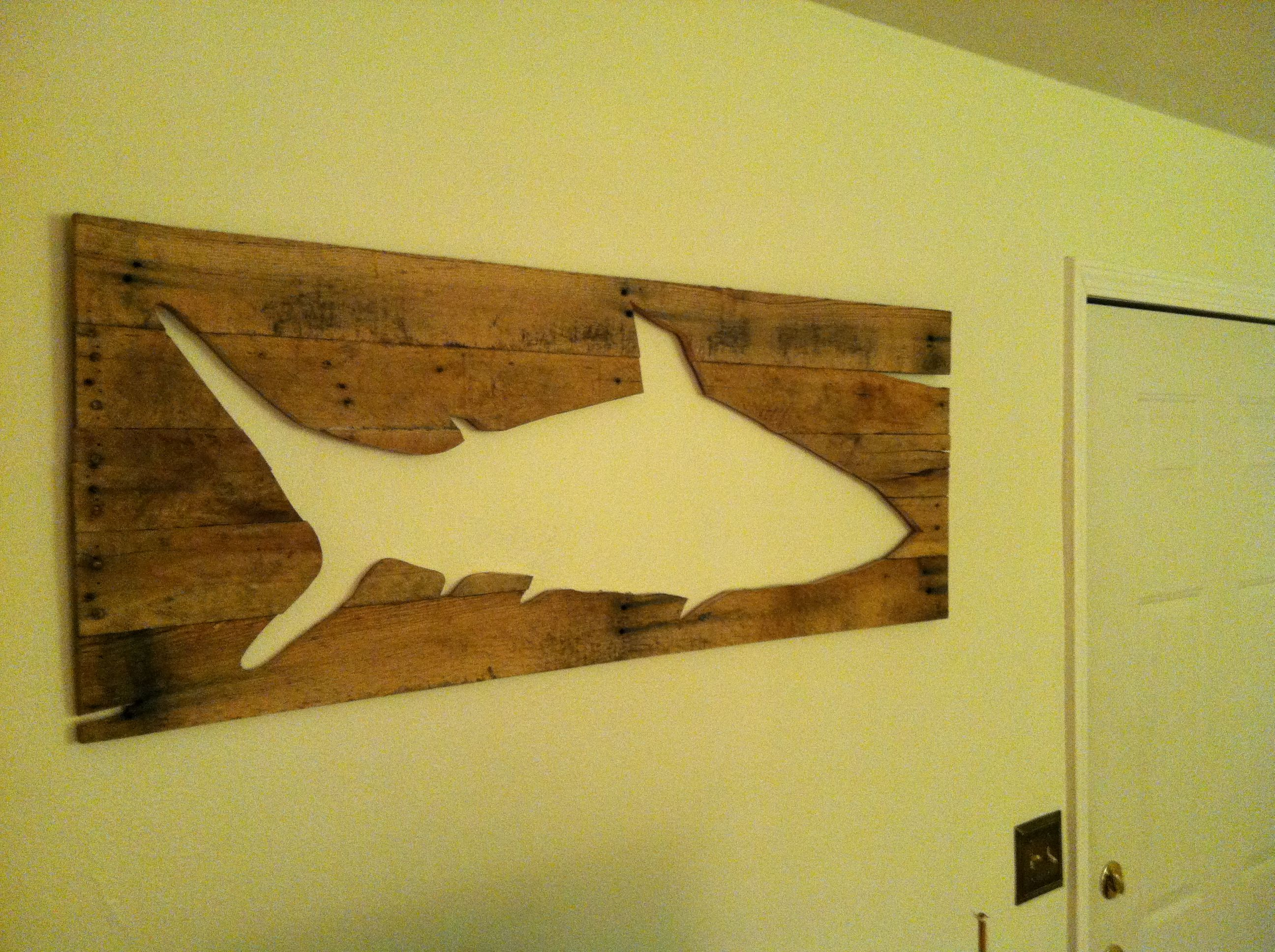 Pallet reclaimed wood fish art wall art rustic for Fish wall decor